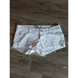 White denim shorts size 3